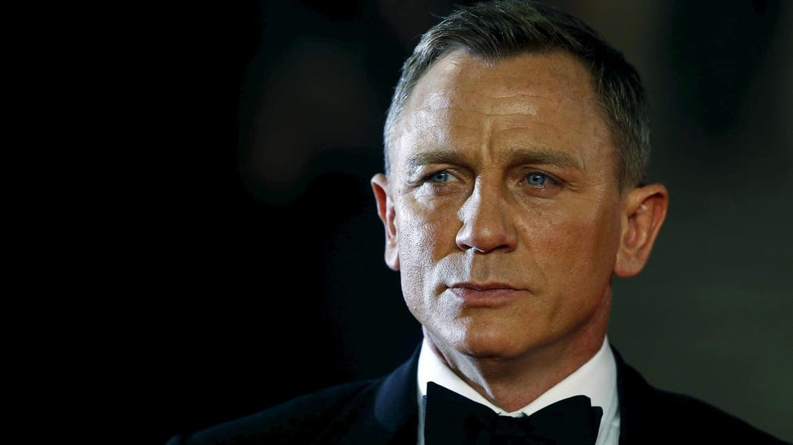 "Daniel Craig poses for photographers as he attends the world premiere of the new James Bond 007 film ""Spectre"" at the Royal Albert Hall in London, Britain, October 26, 2015. (Reuters)"