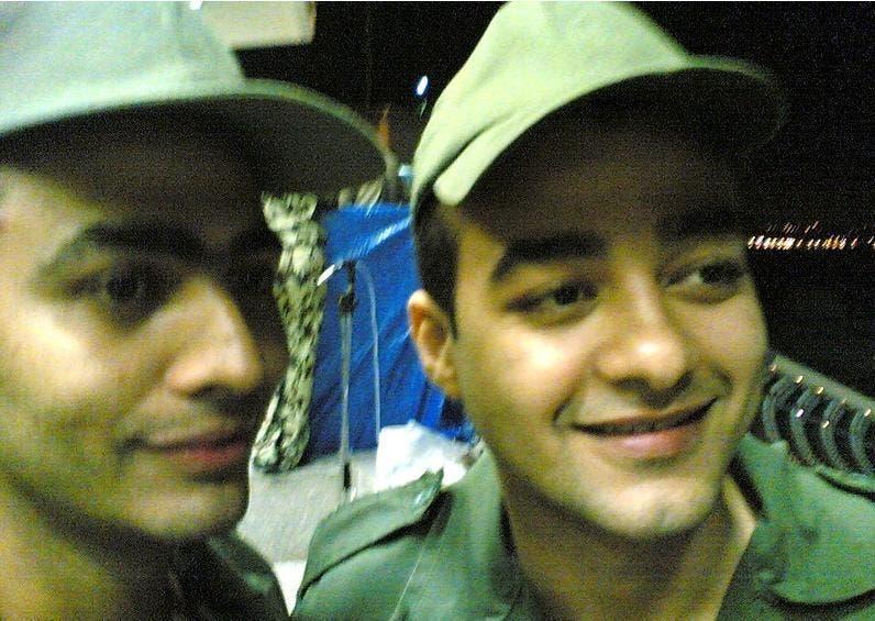 تامر حسني وهيثم شاكر أثناء الخدمة العسكرية