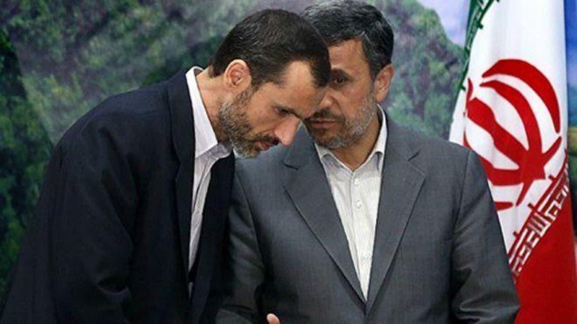 الرئيس الإيراني السابق محمود أحمدي نجاد ومساعده حميد بقائي