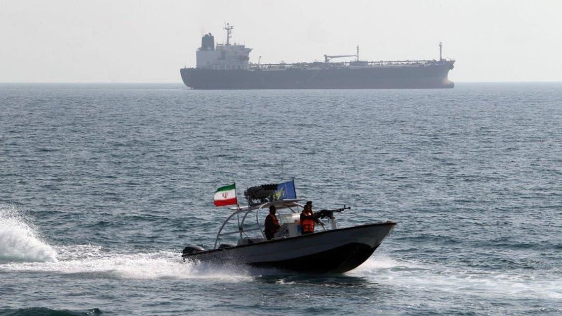 """حادث جديد بين سفن أميركية وزوارق إيرانية بالخليج """"أرشيفية"""""""