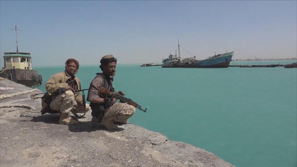 THUMBNAIL_ التحالف: ميليشيا الحوثي تستهدف ميناء المخا بقارب مفخخ دون خسائر