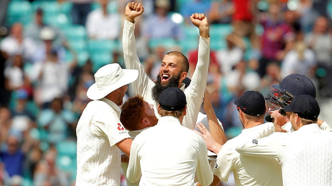 England's Moeen Ali celebrates the wicket of South Africa's Morne Morkel and to win the third test with team mates  at the Oval, London, on July 31, 2017. (Reuters)