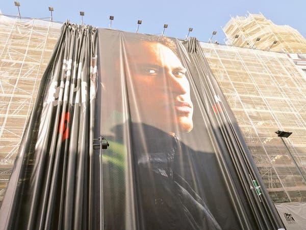 برشلونة تنفجر غضباً تجاه نيمار.. وتزيل صوره من متاجرها