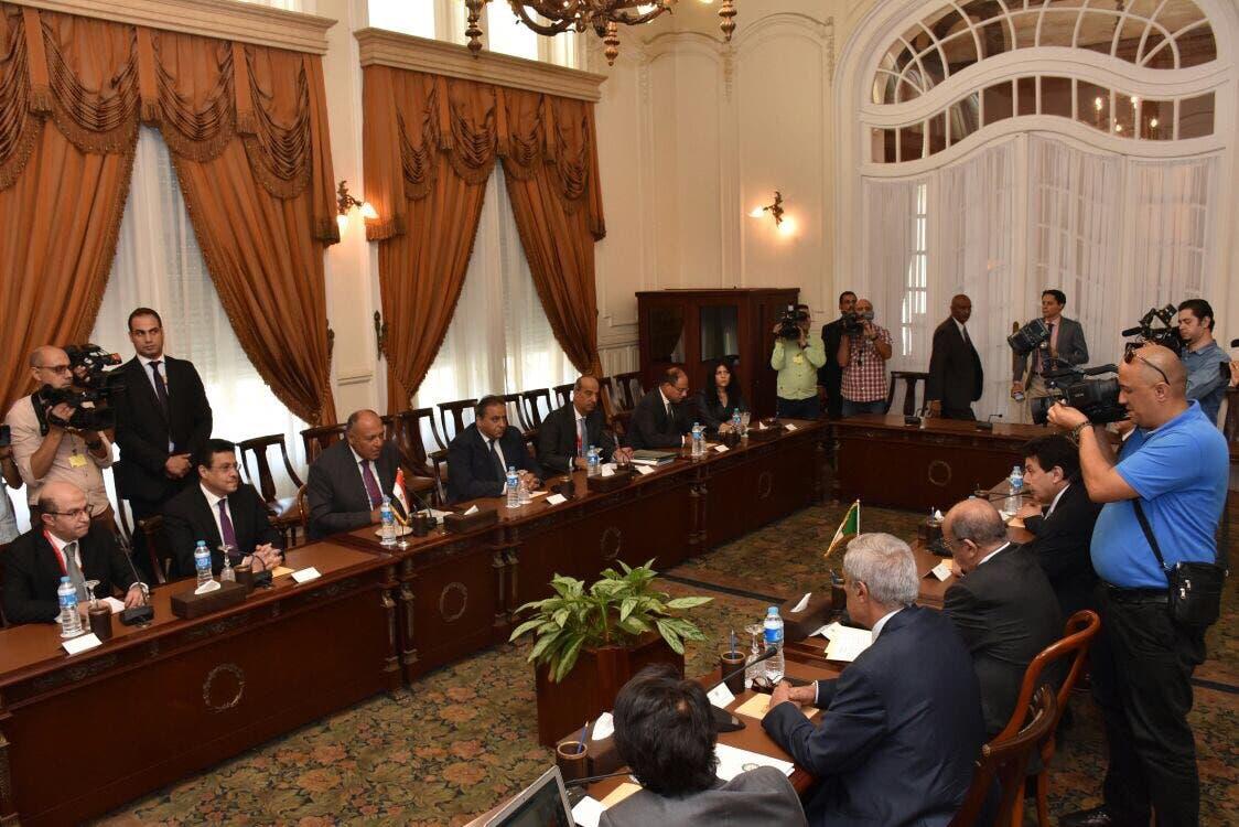 اجتماع وفدي مصر والجزائر في الخارجية المصرية