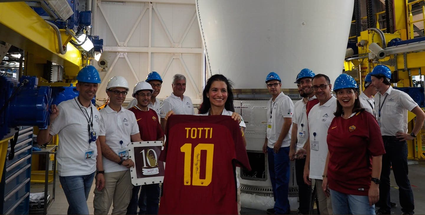 Totti Shirt into space