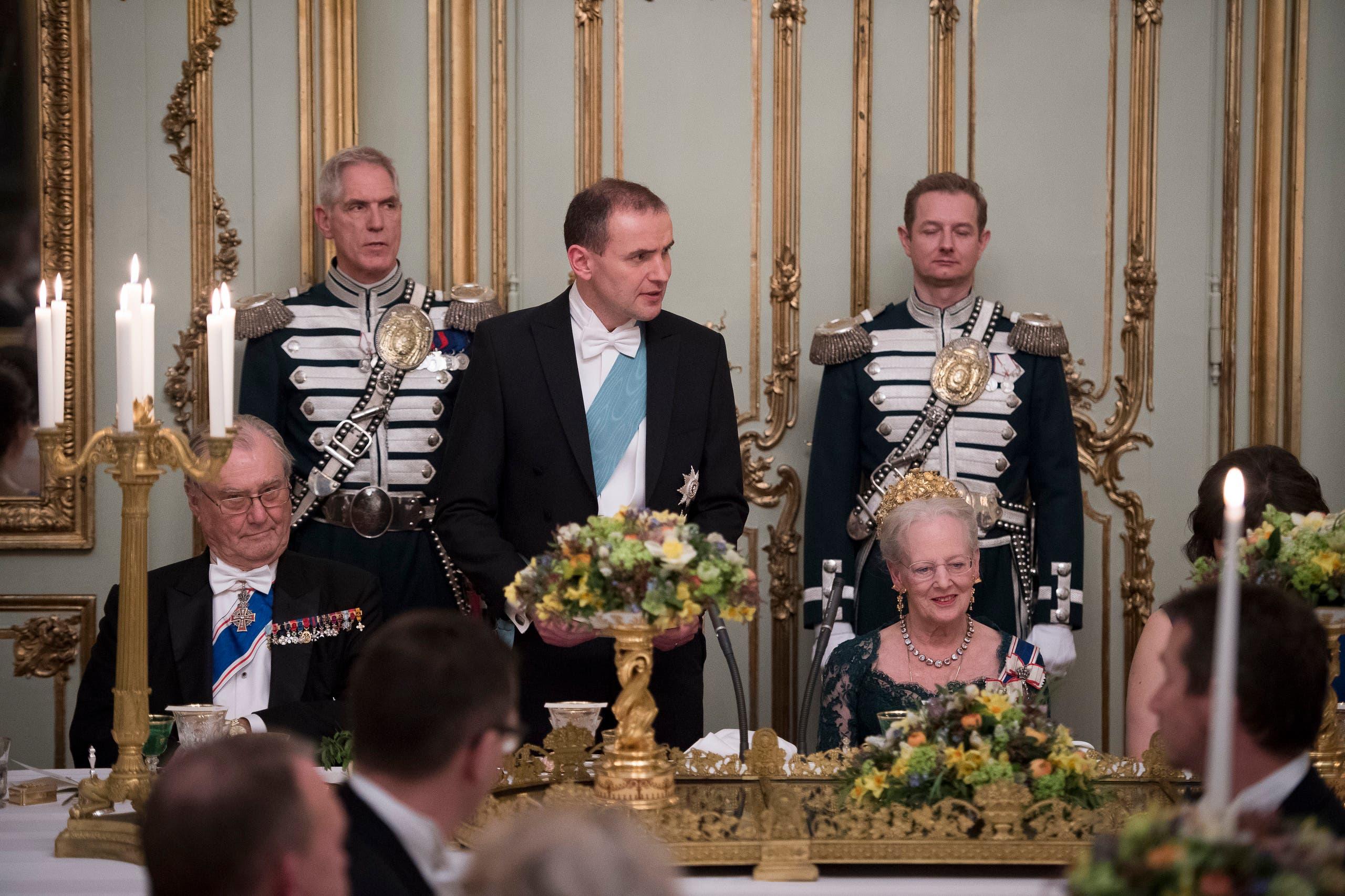 الأمير هنريك مع زوجته الملكة مارغريت خلال مناسبة رسمية