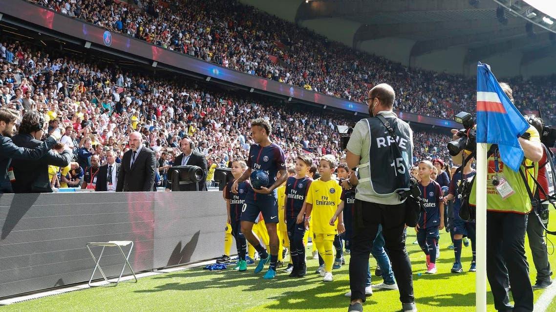 Neymar presented  to Paris Saint-Germain  inside the Parc des Princes on August 5, 2017. (AFP)
