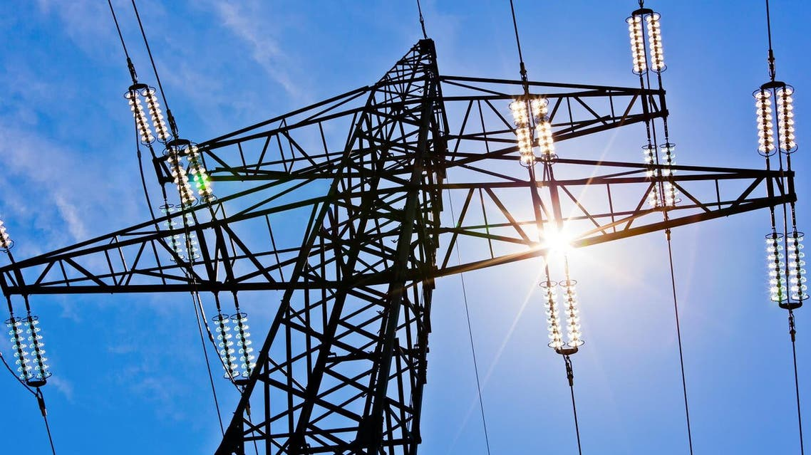 Power lines. (Shutterstock)