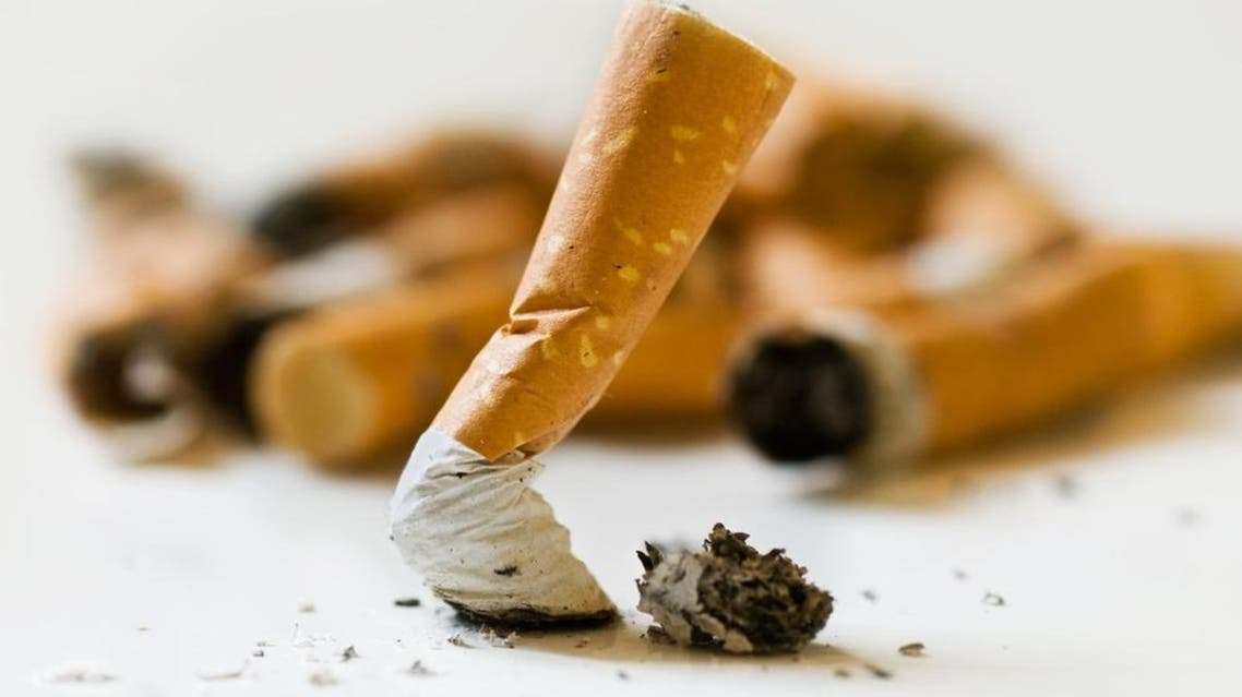 Smokers still wanted to stop smoking within a year even if they believed low-nicotine cigarettes to be less risky than traditional smokes. (Shutterstock)