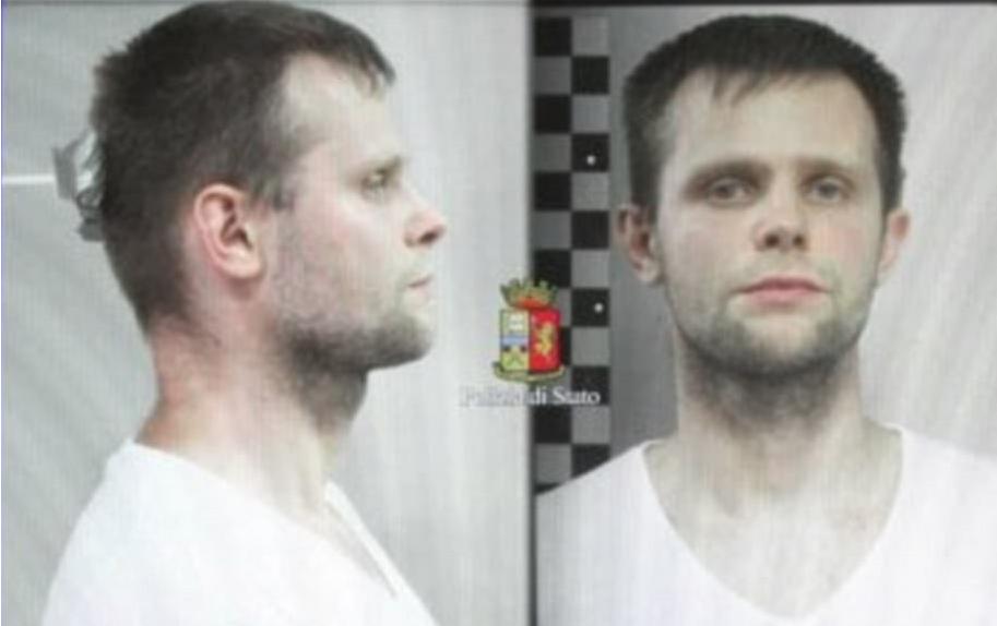 الشرطة الإيطالية وزعت صورتين لخاطفها البولندي لوكاش هيربا بعد اعتقاله
