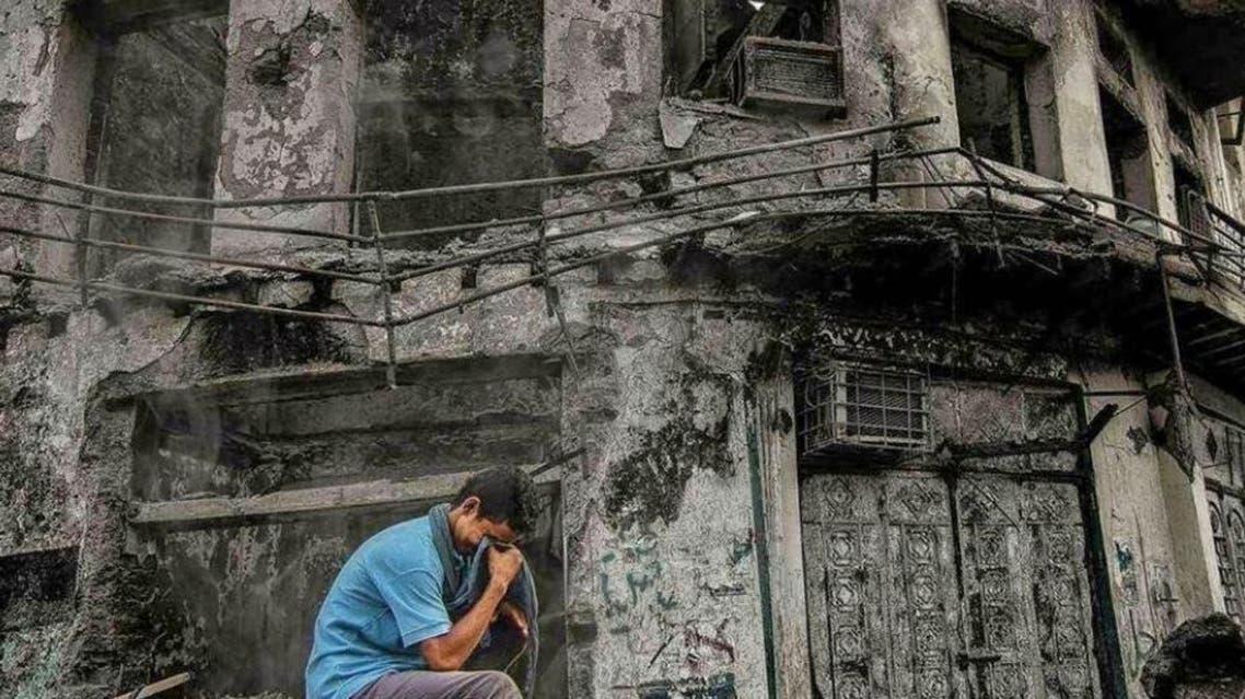 من صور الدمار لمنازل المواطنين في عدن من قبل الانقلابيين