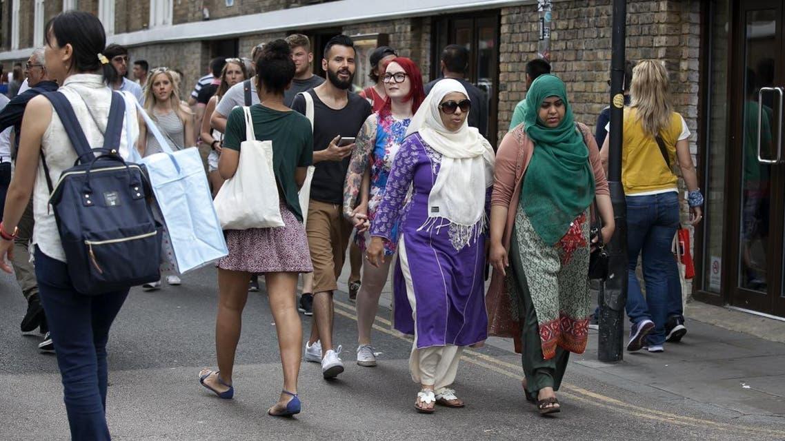 brick lane london ethnic minorities shutterstock