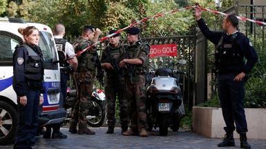 مركبة تدهس جنوداً فرنسيين في ضاحية باريس وسقوط 6 جرحى