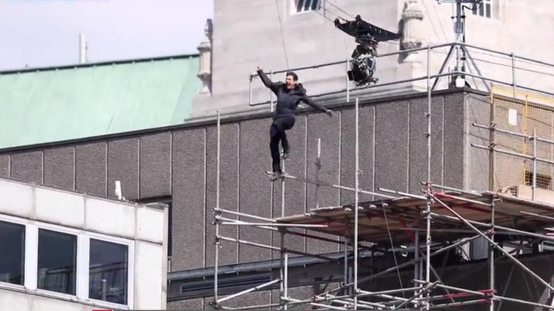 Tom Cruise slams into building on Mission Impossible 6 set (screengrab)