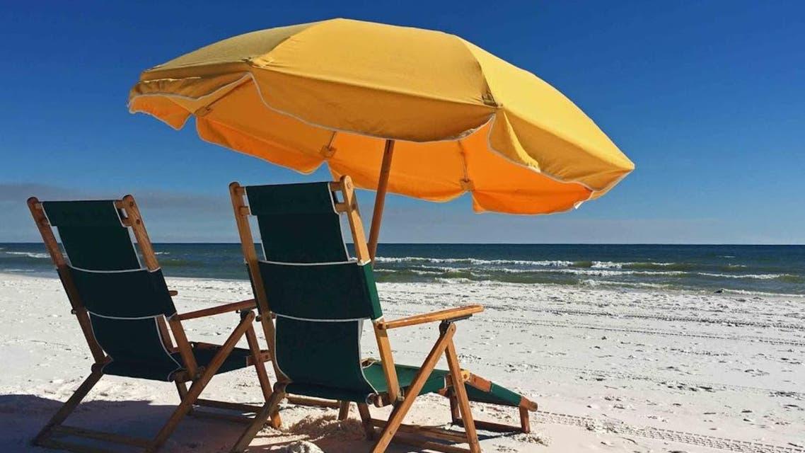 يوم على الشاطئ 2