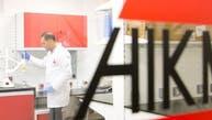 شركة عربية تصنع أدوية كورونا.. هذا ما قالته للعربية
