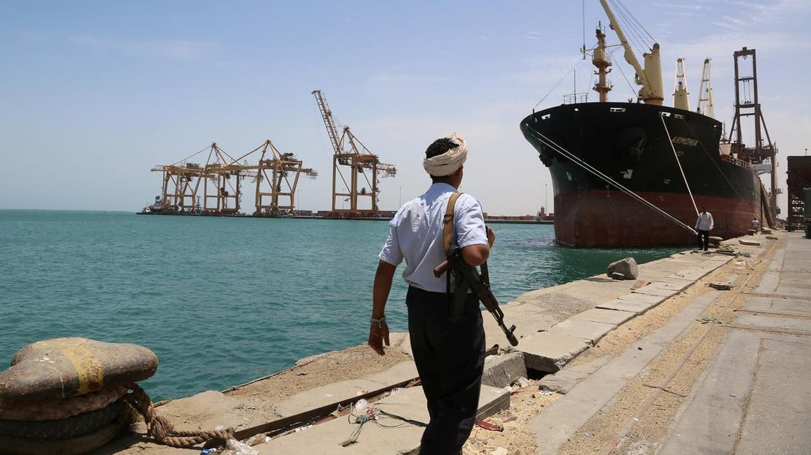 A soldier walks at Red Sea port of Hodeidah, Yemen, May 10, 2017. (Reuters)
