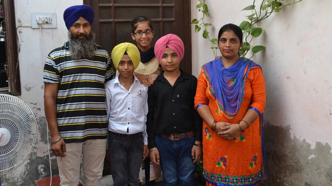Father Gurmeet Singh (left), Bharat Singh, daughter Gagandeep Kaur, Pakistan Singh and mother Lakhwinder Kaur. (Supplied)