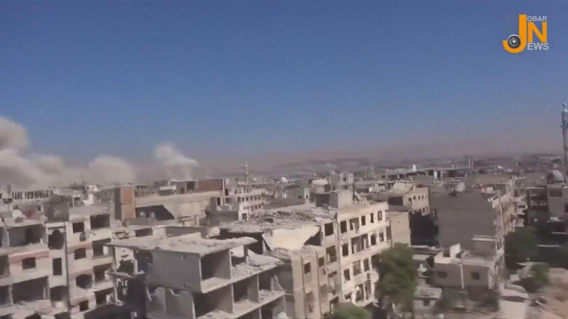 """THUMBNAIL_ النظام يستهدف حي جوبر بعد ساعات من إعلان """"اتفاق تهدئة"""""""