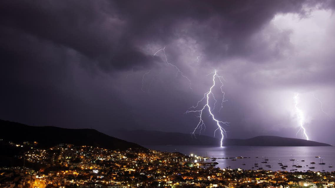 Thunderstorm with lightning over the city of Bodrum in Turkey/ (shutterstock)