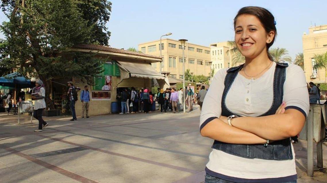 مصرية تعمل سائقة تاكسي