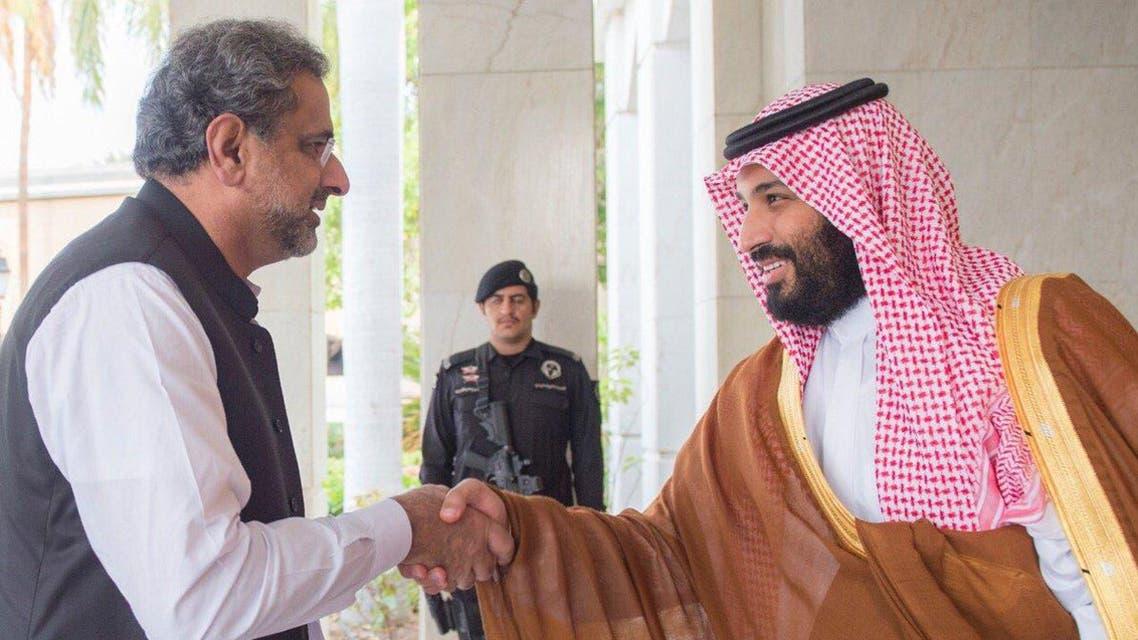 نائب خادم الحرمين يلتقي رئيس وزراء باكستان