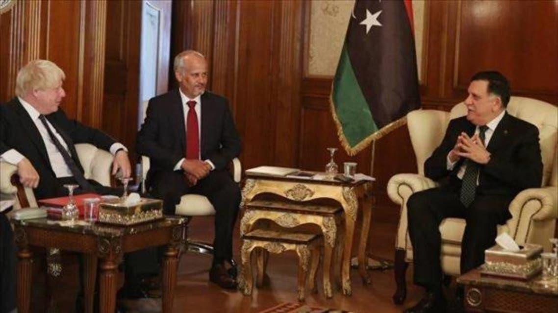 فايز السراج مع وزير الخارجية البريطاني في طرابلس