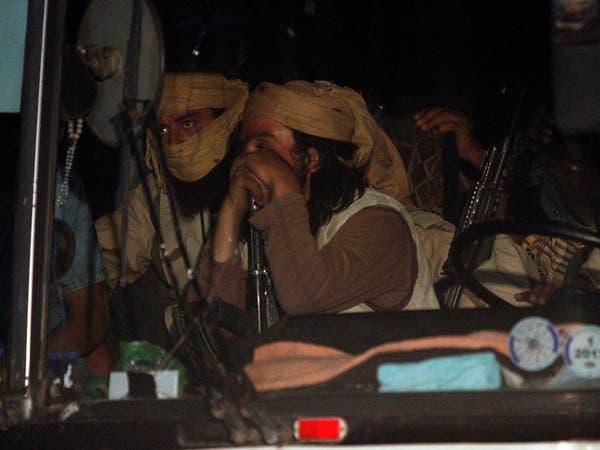 قافلة داعش.. 113 عنصراً ينضمون إلى قوات النظام السوري