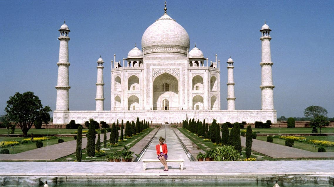 This file photo taken on February 11, 1992 shows Princess Diana of Wales posing for pictures at the Taj Mahal. (AFP)