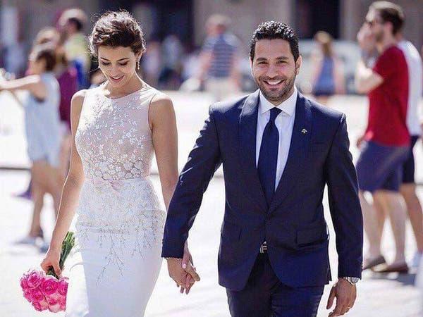 شاهد مذيعاً لبنانياً يبكي عروسه ليلة زفافها!