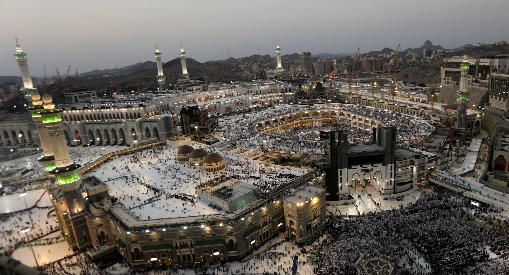 Muslims pray at the Grand mosque during the annual Haj pilgrimage in Mecca, Saudi Arabia September 3, 2017. (Reuters)