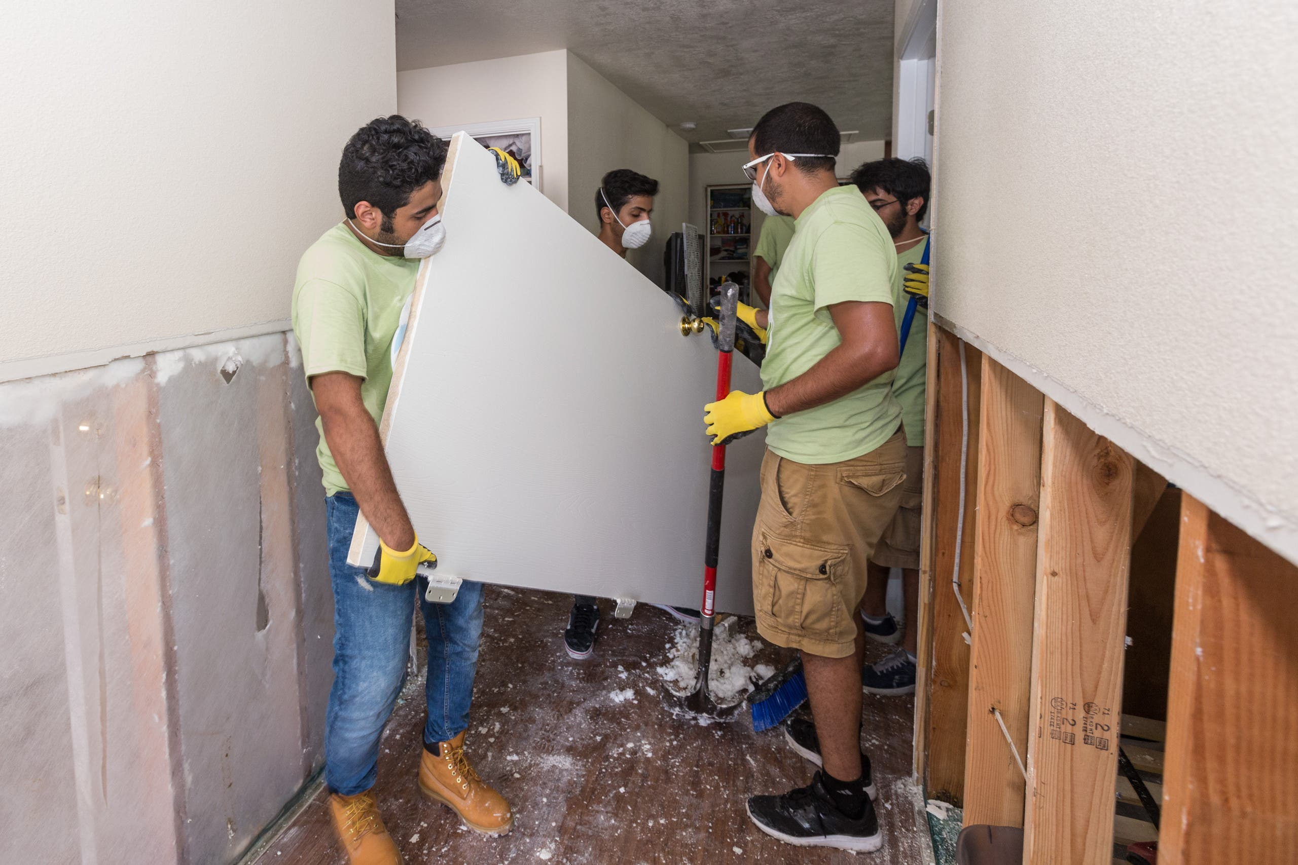 Hand by Hand Saudi Arabia Hurricane Harvey