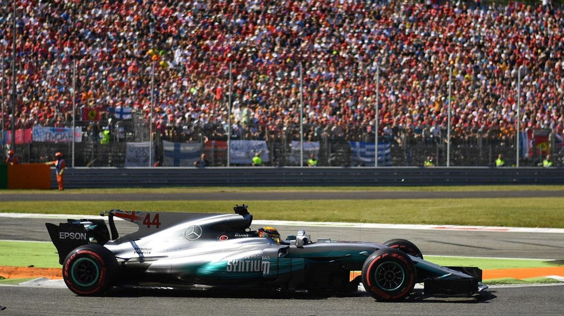 Mercedes' British driver Lewis Hamilton competes to win the Italian Formula One Grand Prix at the Autodromo Nazionale circuit in Monza on September 3, 2017. (AFP)