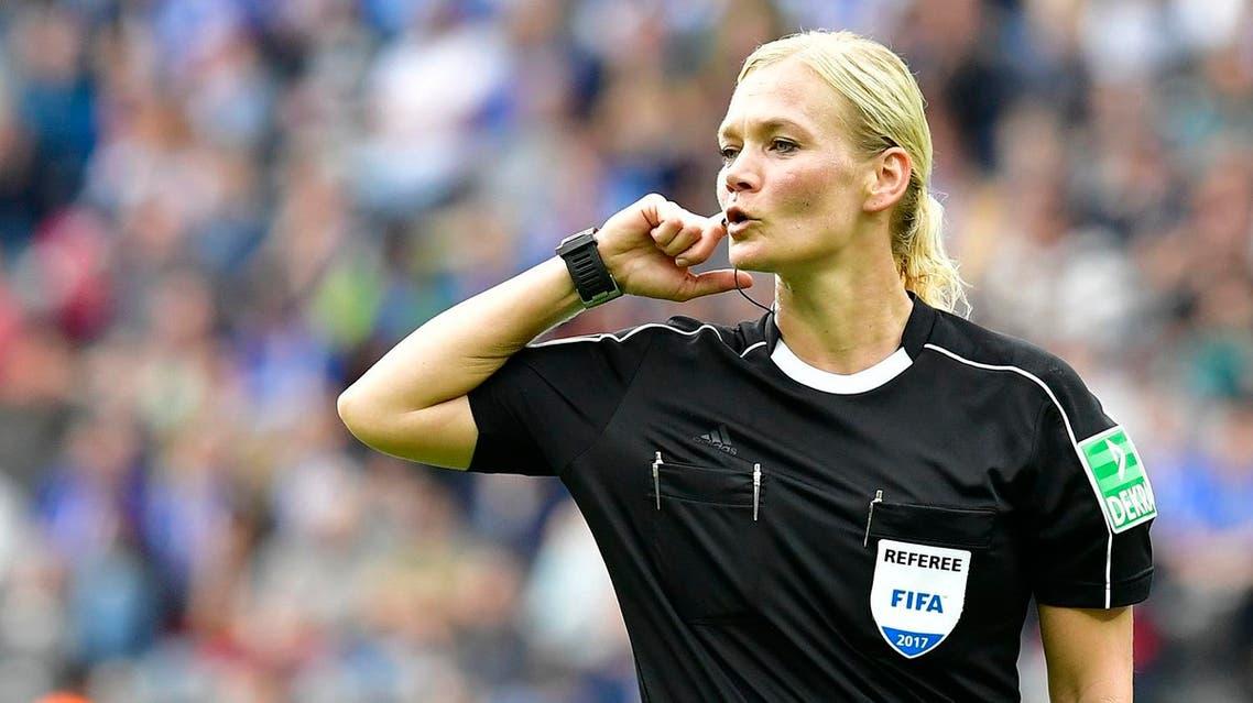 Referee Bibiana Steinhaus is pictured during German first division Bundesliga football match between Hertha Berlin and Werder Bremen on September 10, 2017 in Berlin, Germany. (AFP)