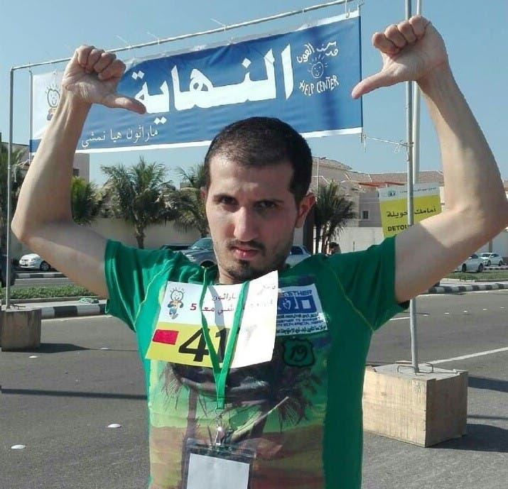 عبدالله بشاوري بطل عالمي في سباق الجري وحائز على الميدالية الفضية