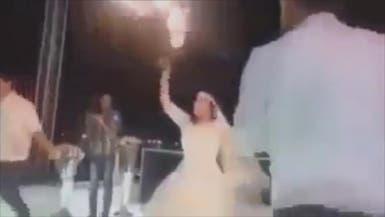 شاهد.. هذا ما فعلت عروس مصرية في حفل زفافها