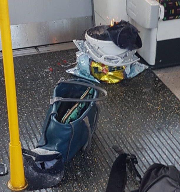 الحاوية التي انفجرت داخل عربة المترو