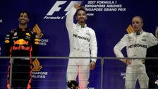 Hamilton wins in Singapore with Vettel out