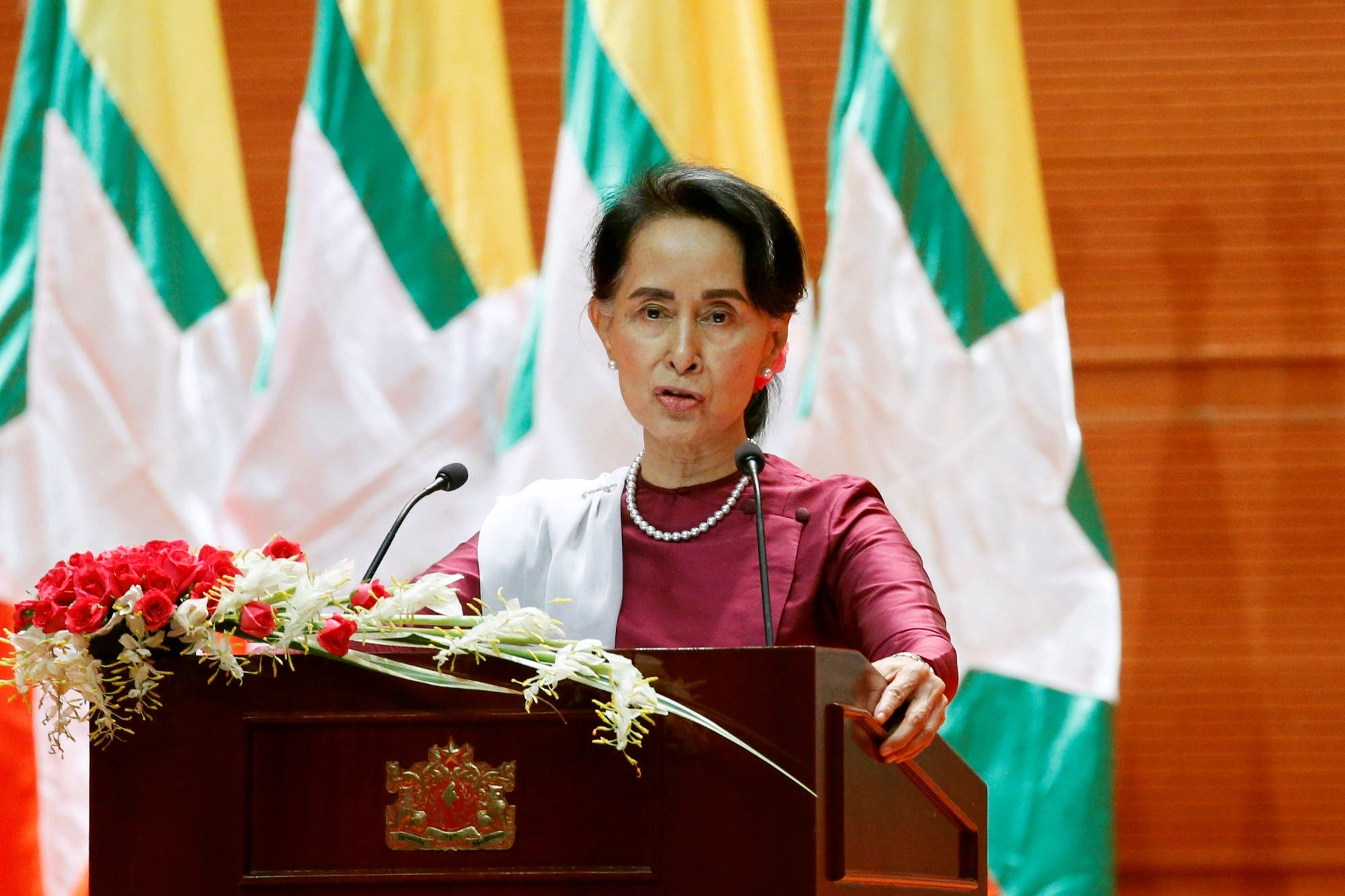 Aung San Suu Kyi delivers a speech to the nation over Rakhine and Rohingya situation, in Naypyitaw, Myanmar September 19, 2017. (Reuters)