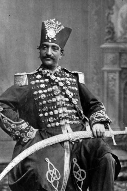 ناصر الدين شاه القاجاري ذو الأصول التركية الأذرية