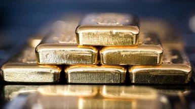 الذهب يتراجع مع صعود الدولار بعد بيانات أميركية قوية