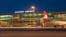اسطنبول.. إعادة فتح مطار أتاتورك بعد تحطم طائرة