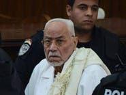 وزارة الأوقاف المصرية تحظر صلاة الغائب على عاكف