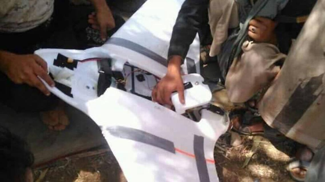 طائرة استطلاع حوثية أسقطها الجيش اليمني في الجوف