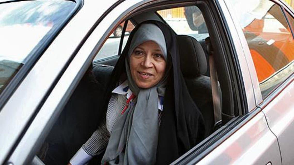 فائزه هاشمی از ممنوع الخروجی 5 نفر از اعضای خانوادهاش خبر داد