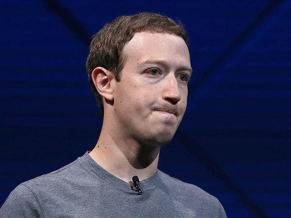بعد مقاومته لسنوات.. مؤسس فيسبوك يناشد تدخل الحكومات