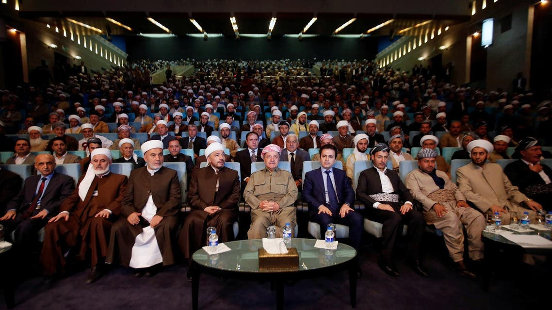 Iraq's Kurdistan region's President Massoud Barzani (C) with clerics and elders from the cities of the Kurdistan region in Erbil, Iraq, August 9, 2017. (Reuters)
