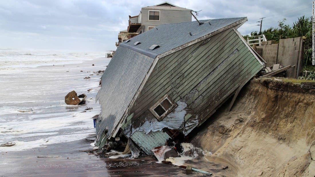 من إعصار إيرما