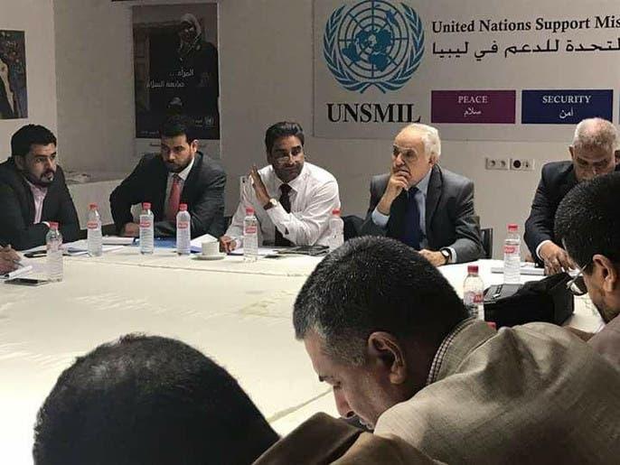 """حوار ليبي في تونس.. والمشاركون بلا """"مناصب رسمية""""!"""