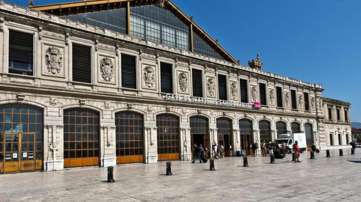 محطة سان شارل في مرسيليا